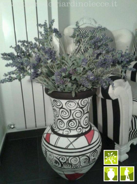 Anfore e vasi in terracotta - Arredo Giardino Lecce