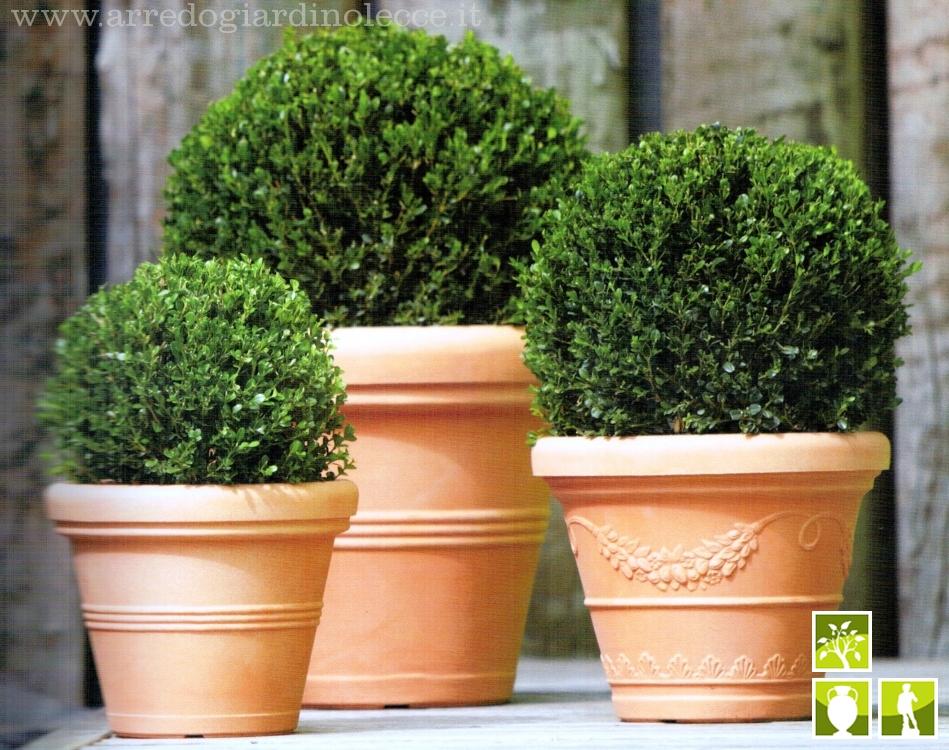 Vasi plastica per piante idee per interni e mobili for Vasi arredo